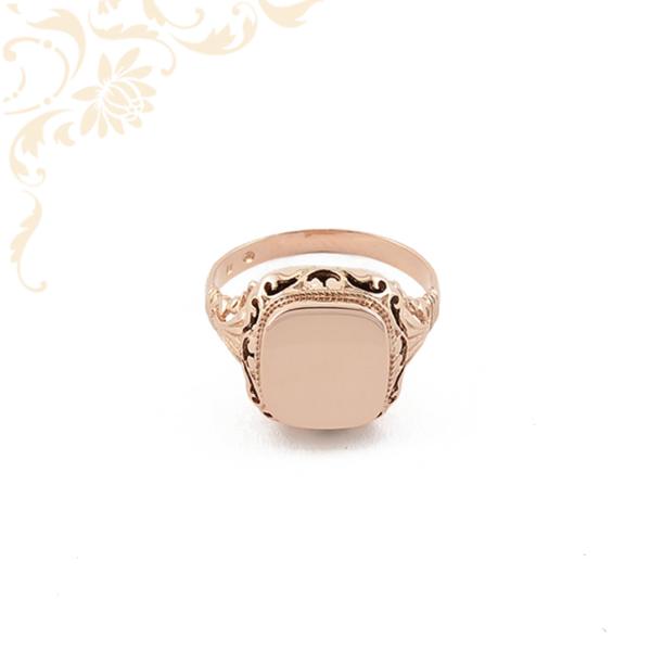 Férfi arany pecsétgyűrű
