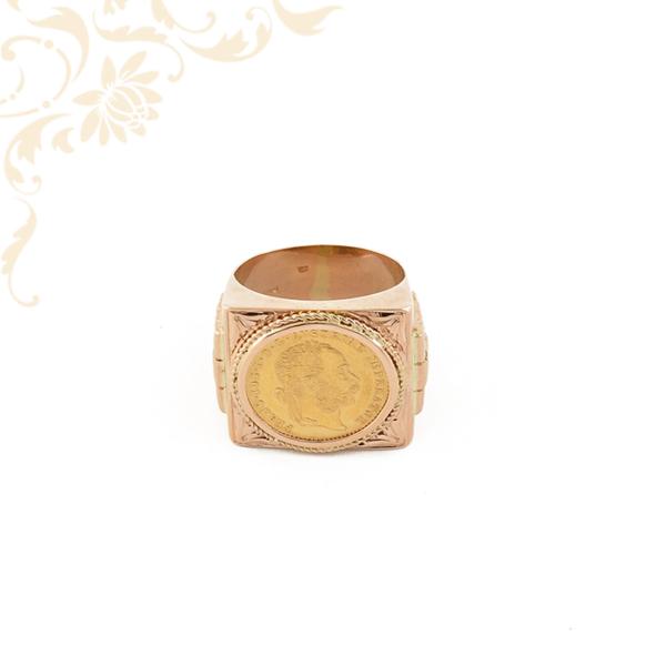 Arany pecsétgyűrű 1 dukátos érmével.