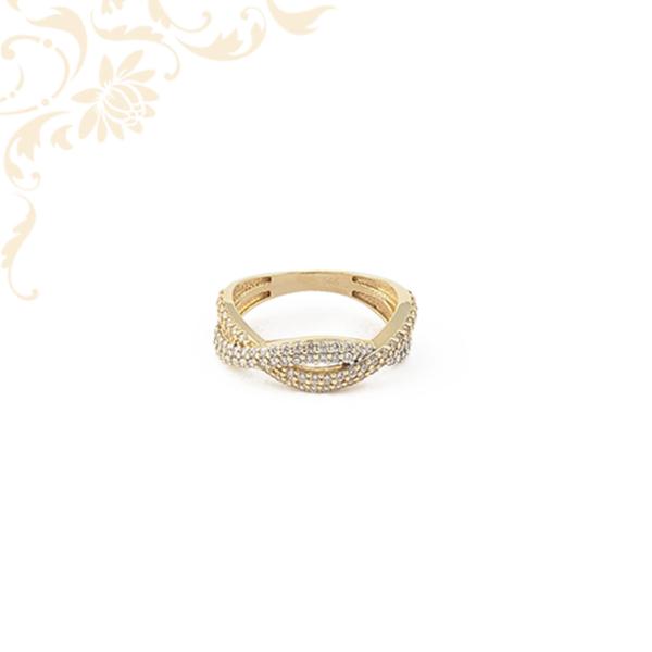 Cirkónia kövekkel ékesített női arany gyűrű