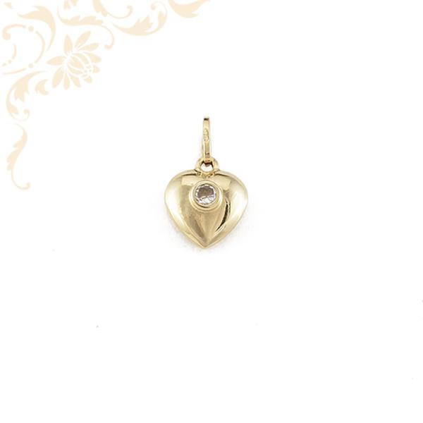 Cirkónia köves arany szív medál