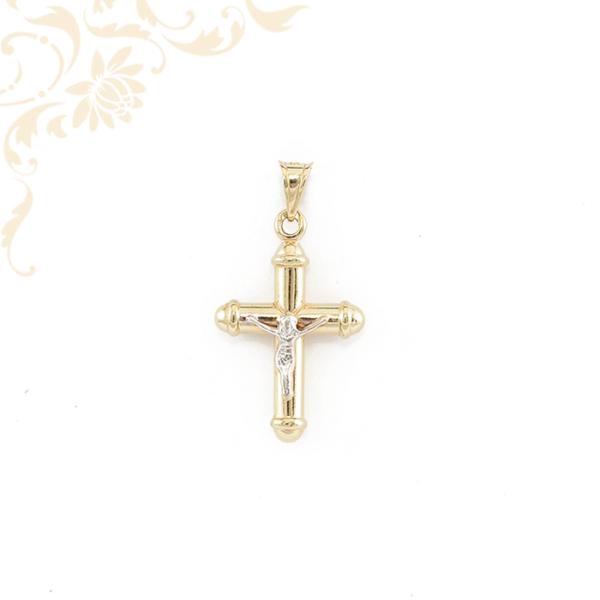 Kereszt arany medál, ródium bevonattal díszítve