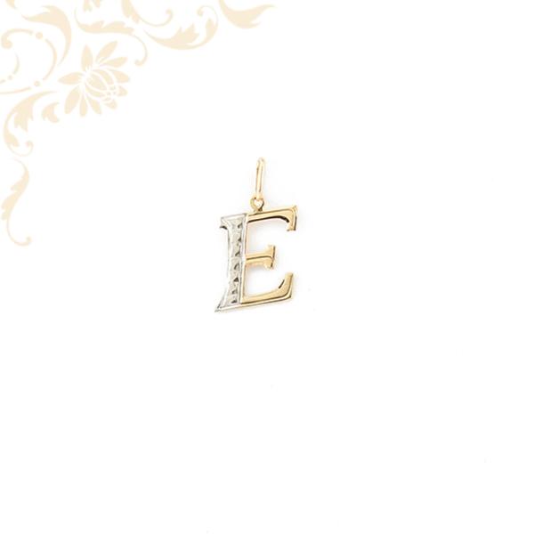 Arany E betű medál