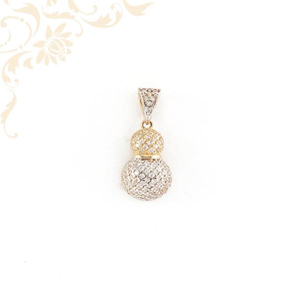 Dupla gömb alakú, fehér színű cirkónia kövekkel ékesített, női köves arany medál