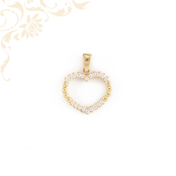 Szív formájú arany medál, cirkónia kövekkel díszítve