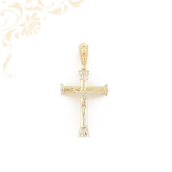 Sárga és fehérarany kombinációjával készült, arany kereszt medál.