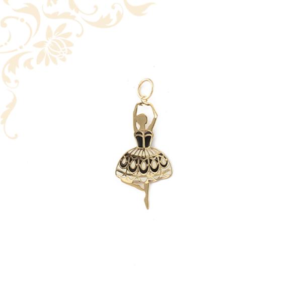 Kis súlyú,mindkét oldalánlakkfestéssel díszített arany balerina lapmedál