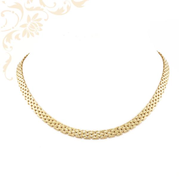 Nagyon elegáns, női arany nyakék. Igazán szép viselet, dekoltázsra szépen rásimul