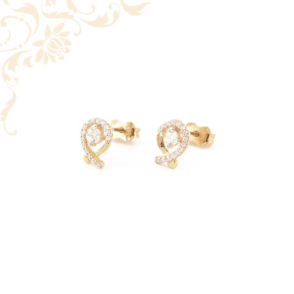 Nagyon mutatós, fehér színű cirkónia kövekkel díszített, köves arany fülbevaló