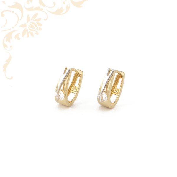 Fehér színű cirkónia kővel és ródium bevonattal díszített, nő arany fülbevaló