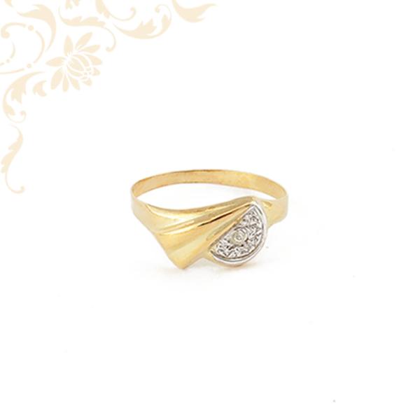 Préselt, kis súlyú női köves arany gyűrű