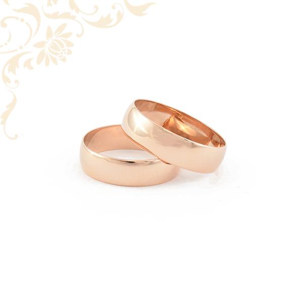 Klasszikus fazonú vörös arany karikagyűrű pár