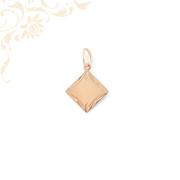 Gyémántvéséssel díszített arany lapmedál