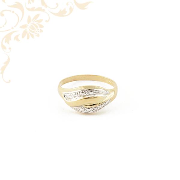 Széles fejrészű, kis súlyú női arany gyűrű