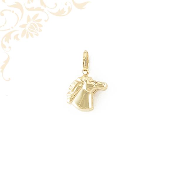 Üreges, arany lófej medál (3D)